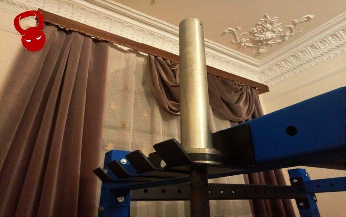 Вертикальное крепление для грифов штанги