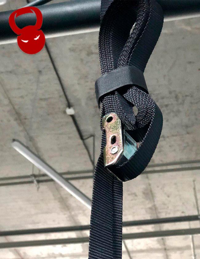 Пряжка для гімнастичних кілець